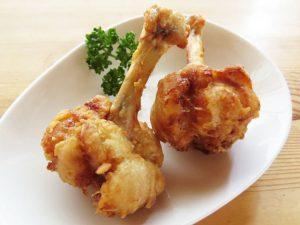 バストアップに鶏肉や動物性たんぱく質は効果あり?必要?